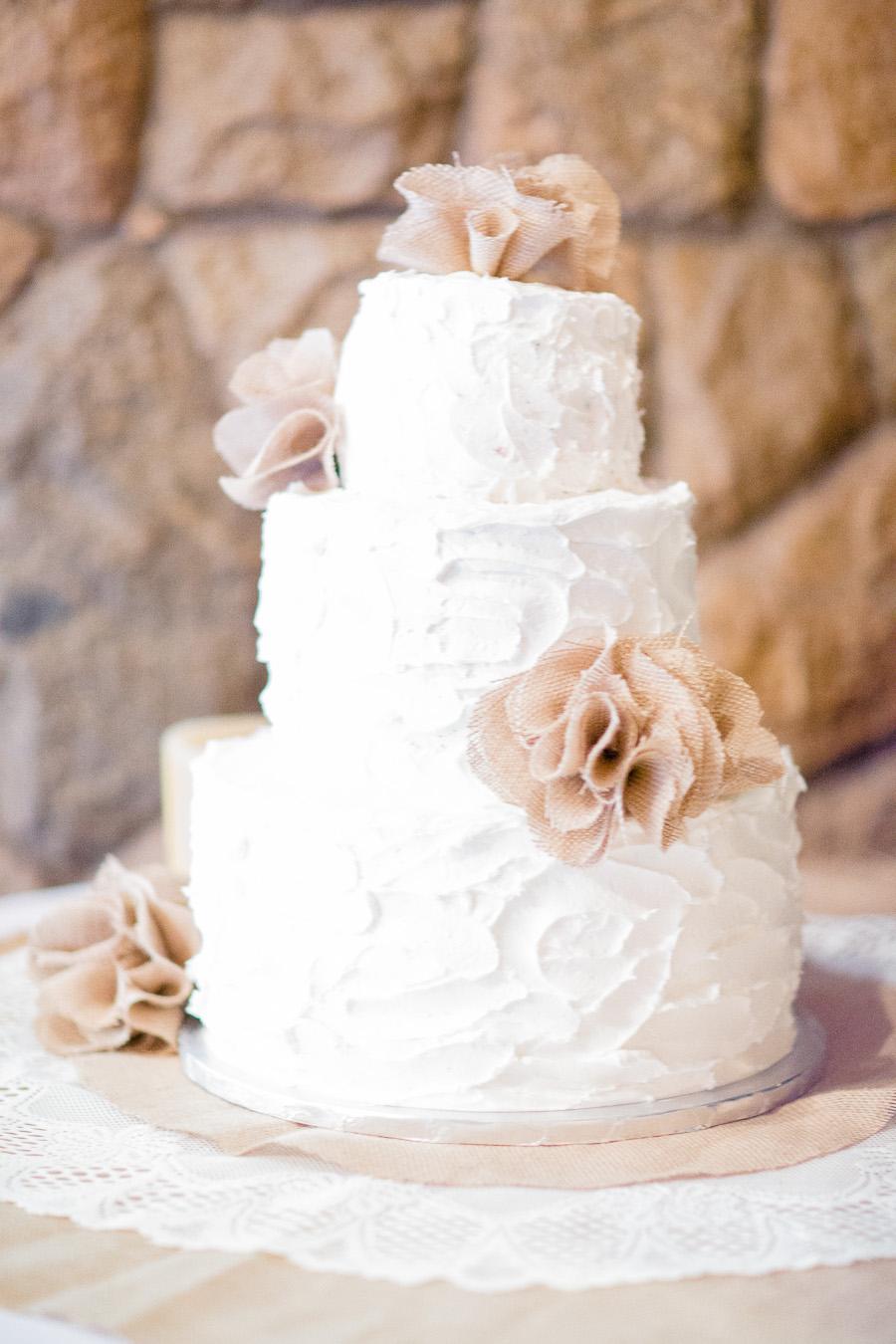 fine art wedding photography, burlap rose wedding cake, fine art wedding portraiture, soft light