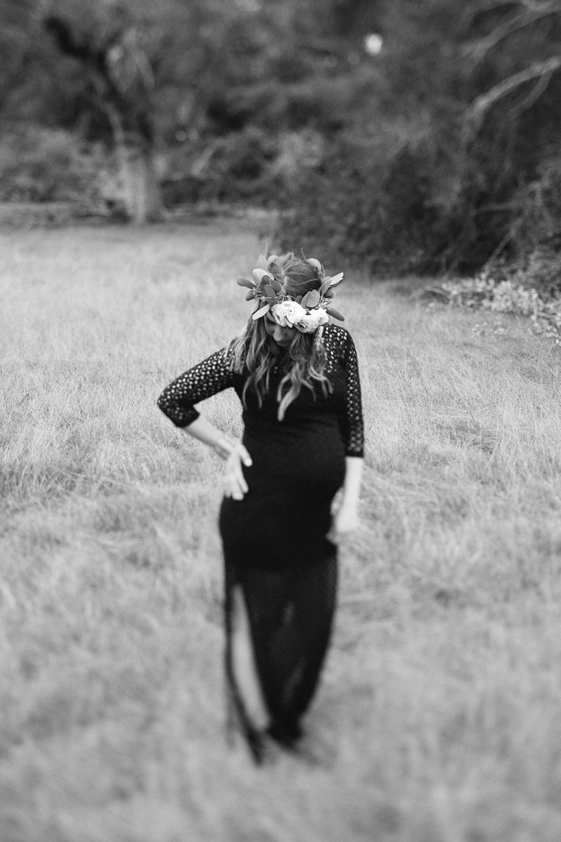 floral crown, eucalyptus floral crown, ranuncula floral crown, maternity session, floral crown maternity session, romantic maternity session, fine art maternity session, southern California maternity photographer, southern california fine art photographer, maternity photo inspire